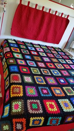 Crochet Ripple Blanket, Crochet Bedspread, Crochet Quilt, Crochet Blocks, Knit Crochet, Granny Square Pattern Free, Granny Square Crochet Pattern, Afghan Crochet Patterns, Joining Granny Squares
