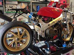 honda vfr 750 cafe racer, via: http://cdn.pinthiscars/images