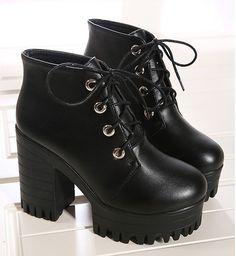 Botas de plataforma para as mulheres sapatos mulher rendas até moda martin bombas de punk botas de tornozelo outono inverno primavera de salto alto botas C300 em Botas de Sapatos no AliExpress.com | Alibaba Group