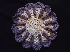 Ravelry: Chrysanthemum Dishcloth pattern by Bernat Design Studio