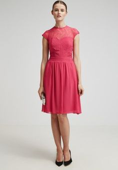 Pink chiffon dress with pleated front for bridesmaid