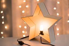 Luz de noche de estrellas mesa de corte madera por LightingBySara