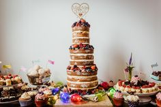 Make these wedding cakes look even more delicious with a professional wedding photographer.