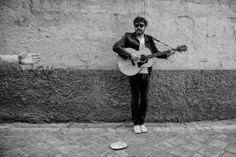 """""""Misericordia de Manu Ferrón: un 100% de canciones pop-rock perfectas"""". El cantante y compositor granadino Manu Ferrón acaba de publicar el excelente Misericordia. #indie #rock http://caosblanco.wordpress.com/2013/11/27/misericordia-de-manu-ferron-un-100-de-canciones-pop-rock-perfectas/"""