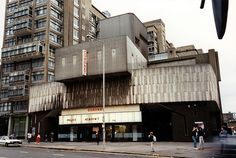 Coronet Elephant and Castle, odeon theater by architect Ernö Goldfinger
