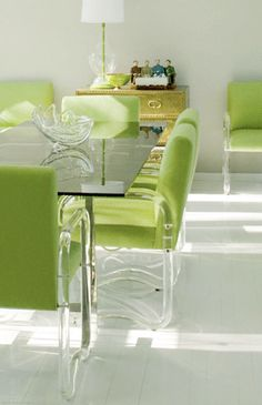 A Divine Dining Room. Apple green and lucite. Interior Designer: Moises Esquenazi.