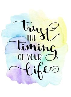 Beautiful and inspiring watercolor quotes. Colorful and inspiring art of minimalist taste. Brush Lettering Quotes, Hand Lettering Quotes, Quote Backgrounds, Wallpaper Quotes, Watercolor Quote, Watercolor Calligraphy Quotes, Calligraphy Quotes Doodles, Inspirational Quotes Wallpapers, Doodle Quotes