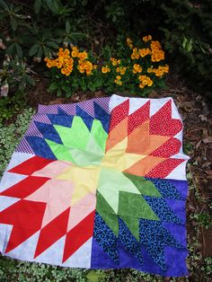 I don't know if you remember but when I was posting about the lattice square baby quilt I made last fall, I said that there would be three new babies born in the start of 2017 in our family. Picnic Blanket, Outdoor Blanket, Half Square Triangle Quilts, Number 3, Quilting Projects, Baby Quilts, New Baby Products, Pattern, Patterns