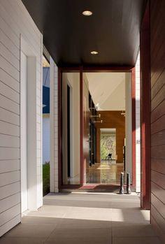 Becherer House / Robert M. Gurney Architect