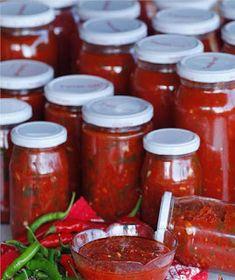 Acı Sos Turkish Breakfast, Dips, Jar, Recipes, Food, Iphone, Drink, Kitchens, Sauces