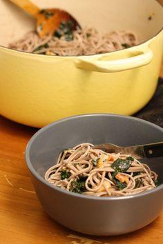 Kale soba noodles