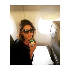 Bom dia pra quem acordou e Tb não teve tempo de tomar café da manhã... Mas dessa me dei bem pq estão dando Activia Café da Manhã no voo!  #ActiviaCaféDaManhã  #VidaNoRitmo by fepaesleme
