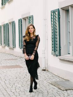 A black dress for New Year's Eve Asos Dress, New Years Eve, New Dress, Holidays, My Style, Outfits, Black, Dresses, Fashion