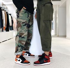 Best Picture For tomboy fashion menswear For Your Taste You are looking for something, and it is goi Streetwear Mode, Streetwear Fashion, Aesthetic Shoes, Aesthetic Clothes, Girl Outfits, Cute Outfits, Fashion Outfits, Mode Zendaya, Looks Hip Hop