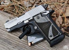 Manufacturer: Sig Sauer Mod. P238 Type - Tipo: Pistol Caliber - Calibre: 380 Auto Capacity - Capacidade: 6 Shot Barrel length - Comp.Cano: 2.7 Weight - Peso: 15...