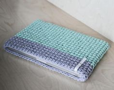 Cute Crochet Gifts Ideas for Loved Ones Mint MacBook sleeve Мятный чехол для макбукаMint MacBook sleeve Мятный чехол для макбука Crochet Laptop Sleeve, Crochet Laptop Case, Crochet Case, Crochet Phone Cases, Crochet Clutch, Crochet Purses, Love Crochet, Learn To Crochet, Crochet Gifts