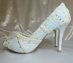 Tuesday Shoesday - Vintage Indian Wedding Shoes - Indian Wedding Site Home - Indian Wedding Site - Indian Wedding Vendors, Clothes, Invitations, and Pictures.