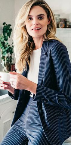 """The """"Wear With Everything Blazer"""". Instantly feel cool and sophisticated in this fitted knit blazer! Wear to work on business meetings or keep it casual with denim and your favorite tee! Balmain Blazer Outfits, Striped Blazer Outfit, Knit Blazer, Casual Blazer, Blazer Jacket, Recovery Model, Navy And White, Work Wear, Trousers"""