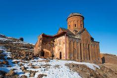 Zrujnowane miasto Ani na granicy turecko-ormiańskiej
