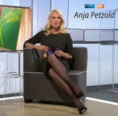 Anja Petzold, Black Pantyhose, Legs, Chair, Furniture, Videos, Home Decor, Instagram, Pictures