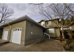 Kelowna Real Estate MLS Listings - keithpwatts.com - #28 545 Glenmeadows Road,  $424900.00 - Townhouse in Kelowna - MLS® #: 10126819 - Contact: KEITH WATTS: 250-864-4241 - 3 Bedrooms, 3 Bathrooms, 1670 Sq Ftt - Like a SHOW HOME! Beautiful, End Unit Townhome with 3 Bedrooms, 3 Bathrooms. - http://keithpwatts.com/kelowna-mls/