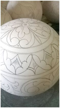 Pottery homedecor ceramic homedecorwithpottery click now for Tole Painting, Pottery Painting, Ceramic Painting, Ceramic Art, China Painting, Egg Crafts, Easter Crafts, Carved Eggs, Art Carved