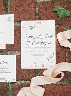 #stationery, #pink, #floral  Photography: Mint Photography - mymintphotography.com