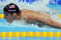 Michael Phelps (USA) competes in the men's 4x100m medley relay final during the London 2012 Olympic Games at Aquatics Centre. (Michael Madrid-USA TODAY Sports)