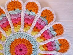 Old School Flower Potholder done in vibrant new colors - Color N Cream - crochet and dream - free tutorial!