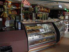 Panificadora Tres Esquinas C.A. ¿Ya probó su delicioso pan con una taza de humeante café recién preparado? Mhhhhhhhhhhhh... @LasPanaderias Fb: Las Panaderias www.lapanaderia.com.ve www.laspanaderias.blogspot.com