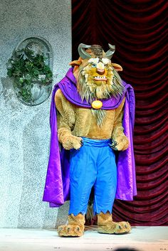 Beauty and the Beast at Disney World     CLICK THIS PIN TO SEE THE ENTIRE COLLECTION. WOW