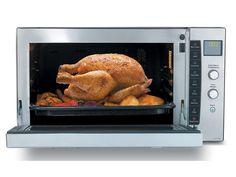 Panasonic ha presentato il primo forno ad induzione da piano, per una cottura più efficiente ed evoluta. Sarà disponibile a ottobre.