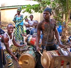 Dunun Fola Guinea W/Africa  http://worldhanddrums.com