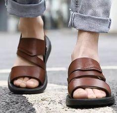 Men Slides, Men Style Tips, Fashion Sandals, Leather Craft, Leather Sandals, Leather Men, Casual Shoes, Dress Shoes, Slippers