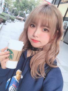 Where stories live - Dehily Pretty Korean Girls, Cute Korean Girl, Cute Asian Girls, Cute Girls, Cute Kawaii Girl, Cute Girl Face, Ulzzang Korean Girl, Ulzzang Hair, Cute Japanese Girl