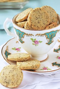 Scrumpdillyicious: Earl Grey Tea Shortbread Cookies  http://scrumpdillyicious.blogspot.com/2012/09/earl-grey-tea-shortbread-cookies.html