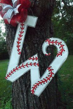 24 inch Baseball Initial door hanger baseball without the bow lol Baseball Wreaths, Baseball Crafts, Baseball Stuff, Baseball Mom, Sports Wreaths, Baseball Players, Initial Door Hanger, Wooden Door Hangers, Wood Crafts