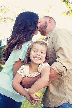 Kissing Family Photo Idea.