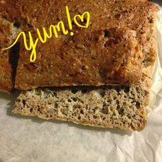 frk. sveske: LCHF brød - på max 15 min. Lchf, Scones, Low Carb Recipes, Banana Bread, Food And Drink, Gluten Free, Brownies, Vegan, Baking