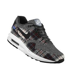 NIKEiDでカスタマイズしました。 Air Max 1, Nike Air Max, Air Max Sneakers, Sneakers Nike, Nike Co, Nike Store, Custom Shoes, Trainers, Fashion