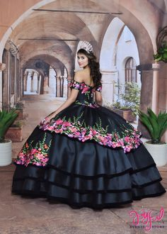 Quinceanera dresses, decorations, tiaras, favors, and supplies for your quinceanera! Many quinceanera dresses to choose from! Quinceanera packages and many accessories available! Mexican Quinceanera Dresses, Quinceanera Tiaras, Quinceanera Themes, Quinceanera Hairstyles, Mariachi Quinceanera Dress, Quince Dresses Mexican, Charro Dresses, Vestido Charro, Disney Princess Dresses