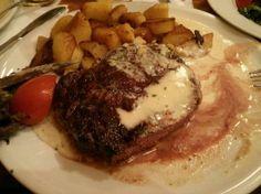 Steak with Gorgonzola
