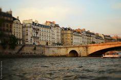 Beautiful picture via HiP Paris Blog, photo credit to Carin Olsson, Light