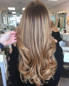Long Wavy Ash-Brown Balayage - 20 Light Brown Hair Color Ideas for Your New Look - The Trending Hairstyle Ombre Hair Color, Hair Color Balayage, Cool Hair Color, Brown Hair Colors, Bronde Hair, Honey Blonde Hair, Blonde Hair With Highlights, Brunette Hair, Hair Color For Women