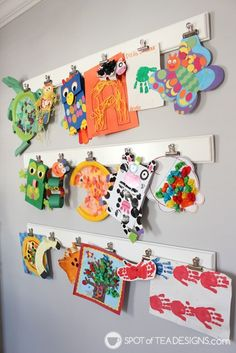 75 Kids' Decor Ideas You Can Totally DIY Looking for DIY kids decor ideas? Look no further! We've rounded up 75 kid-approved projects you can start today! Wall art, mobiles, pillows, and more! Diy Wall Art, Diy Art, Art Wall Kids Display, Childrens Art Display, Kids Room Wall Art, Display Ideas, Kids Art Galleries, Toddler Art, Kids Decor