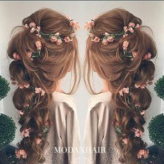 Bridesmaid floral hair style #hair #floral #bridesmaid #wedding