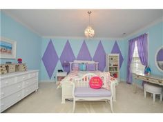 Large diamond teal/purple paint idea for girl's room | 8995 Hopewell Rd, Indian Hill, OH 45242 "|236|177|?|en|2|0a4a128674f59965be92a83dad998c55|False|UNLIKELY|0.36773180961608887