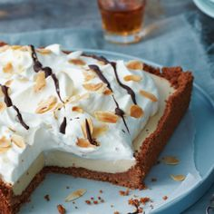 bananenbrood   delicious.magazine Marshmallows, Cheesecake, Pie, Sweets, Bread, Desserts, Delicious Magazine, Food, Chai