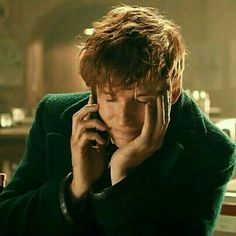 Addicted to Eddie: BBC Children in Need Fantastic Beasts Special Sketch - Belezza,animales , salud animal y mas Fantastic Beasts Movie, Fantastic Beasts And Where, Eddie Redmayne Fantastic Beasts, Harry Potter Icons, Harry Potter World, Hogwarts, Newt Scamander Aesthetic, Bbc, The Danish Girl