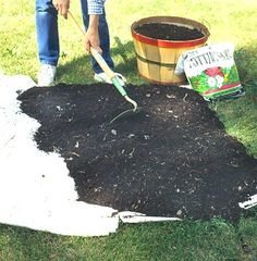 Building a Flower Bed without Digging. Once you layer cardboard, newsprint, and compost on top of the turf, and wait several months, the turf decomposes into 6 to 8 inches of topsoil. Build the bed at the beginning of one season and it should be ready for planting by the next season. For example, pile up the layers in early spring; the ground will be plantable by summer. No digging; no sweat.